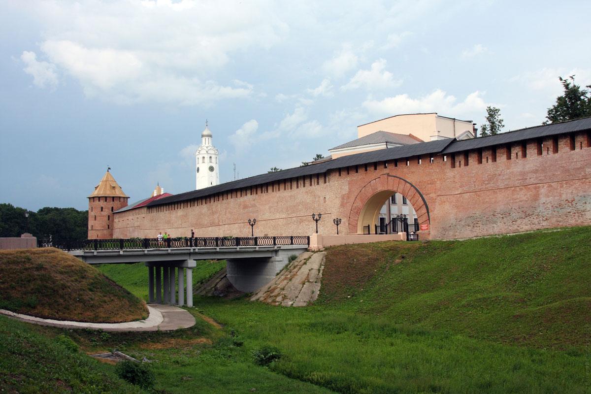 Картинки по запросу кремль в великом новгороде описание